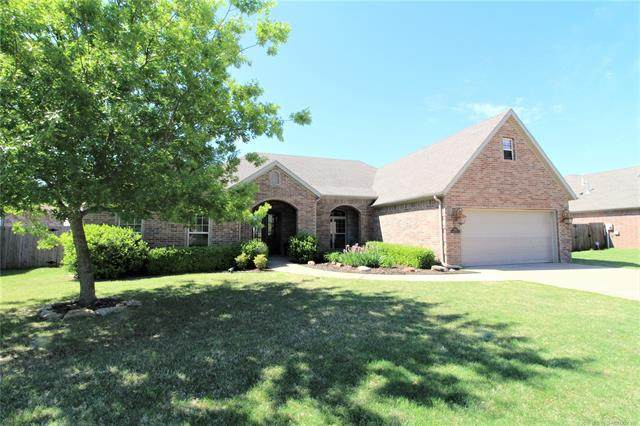 5411 Cooper Court, Bartlesville, OK 74006 (MLS #2015932) :: Hopper Group at RE/MAX Results