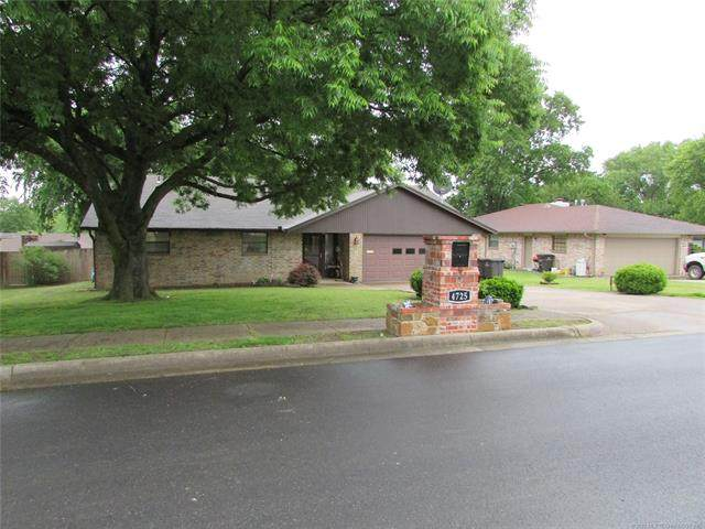 4725 State Street, Bartlesville, OK 74006 (MLS #2016739) :: Hopper Group at RE/MAX Results