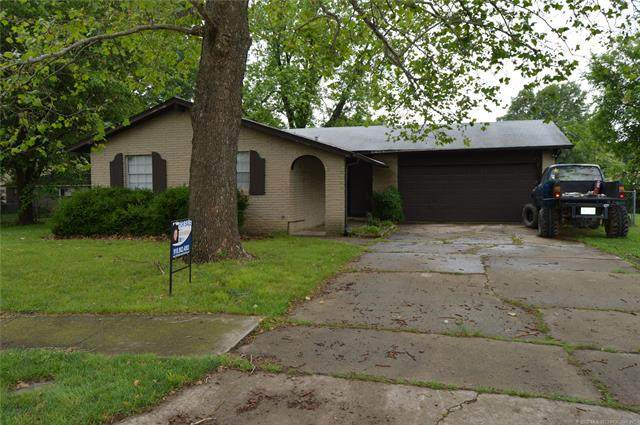 112 S 163rd East Avenue, Tulsa, OK 74108 (MLS #2017216) :: Hopper Group at RE/MAX Results