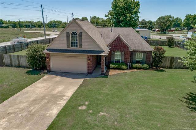 12812 E 130th Street S, Broken Arrow, OK 74011 (MLS #2017845) :: 918HomeTeam - KW Realty Preferred