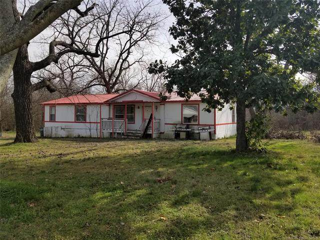 110 E Kentucky Avenue, Tishomingo, OK 73460 (MLS #2017898) :: 918HomeTeam - KW Realty Preferred