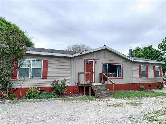 400 SW Main Street, Canadian, OK 74425 (MLS #2018007) :: Hopper Group at RE/MAX Results