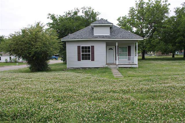 429 W Harrison Avenue, Mcalester, OK 74501 (MLS #2018260) :: Hopper Group at RE/MAX Results