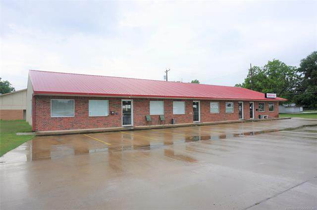 120 N Mission Lane, Okmulgee, OK 74447 (MLS #2018865) :: Hopper Group at RE/MAX Results