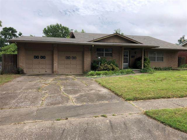 2235 S Erie Place, Tulsa, OK 74114 (MLS #2019004) :: Hopper Group at RE/MAX Results