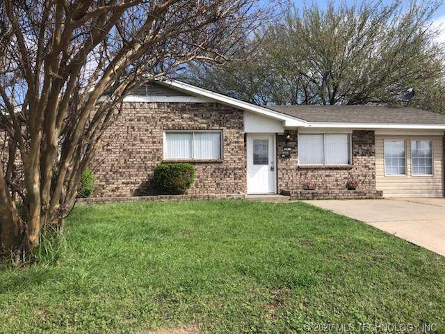 201 W Electric Avenue, Mcalester, OK 74501 (MLS #2019110) :: Hopper Group at RE/MAX Results