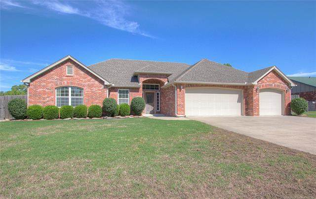 1913 SE Limestone Road, Bartlesville, OK 74006 (MLS #2019132) :: Hopper Group at RE/MAX Results