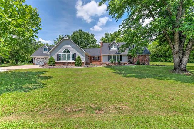 9510 E Stone Creek Drive, Claremore, OK 74017 (MLS #2019148) :: Active Real Estate
