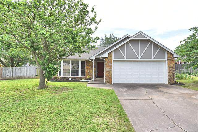 11014 E 67th Street, Tulsa, OK 74133 (MLS #2019178) :: Hopper Group at RE/MAX Results