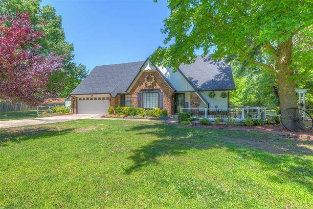 11731 S 272nd East Avenue, Coweta, OK 74429 (MLS #2019240) :: Hopper Group at RE/MAX Results