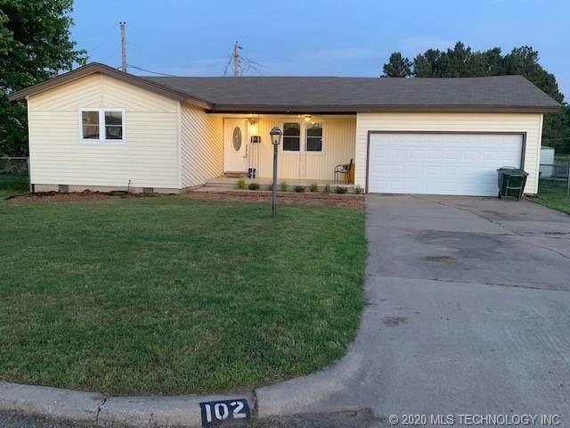 102 W 32nd Street, Sand Springs, OK 74063 (MLS #2019306) :: 918HomeTeam - KW Realty Preferred