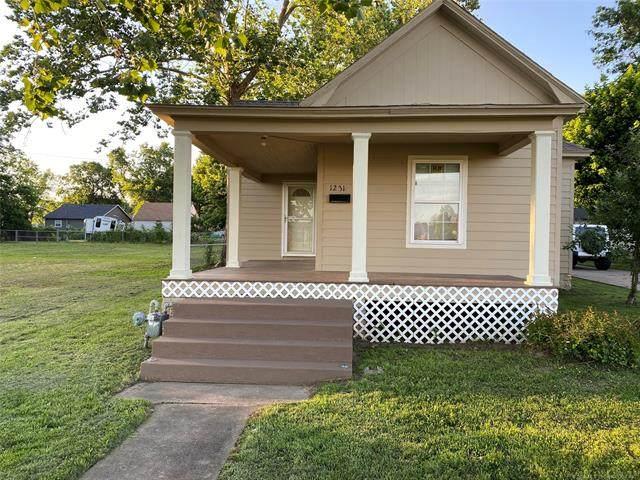 1231 E Mcleod Avenue, Sapulpa, OK 74066 (MLS #2019327) :: 918HomeTeam - KW Realty Preferred
