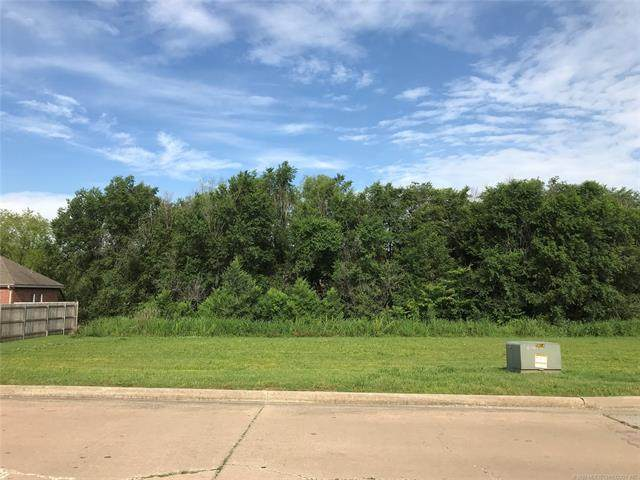 2417 Jefferson Road, Bartlesville, OK 74006 (MLS #2019382) :: 918HomeTeam - KW Realty Preferred