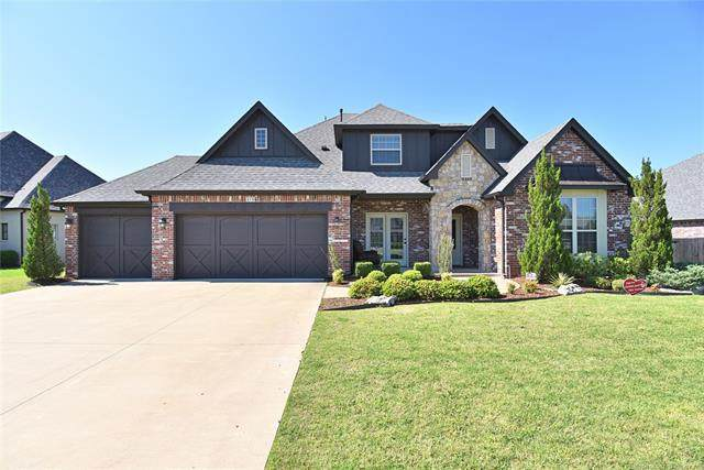 310 W 128th Street S, Jenks, OK 74037 (MLS #2020055) :: 918HomeTeam - KW Realty Preferred