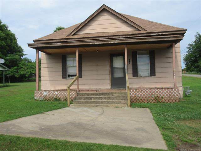 400 N Broadway Street, Quinton, OK 74561 (MLS #2020201) :: Active Real Estate