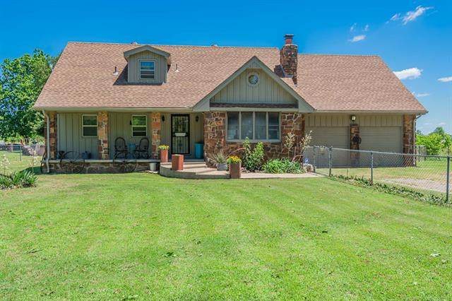 18447 E 112th Street N, Owasso, OK 74055 (MLS #2020577) :: Active Real Estate