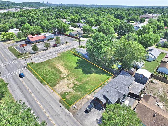 4801 S 33rd West Avenue, Tulsa, OK 74107 (MLS #2020757) :: RE/MAX T-town