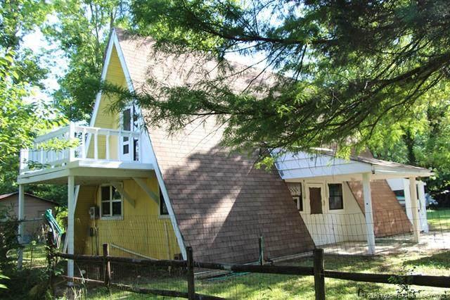 105 Susquehanna Street, Poteau, OK 74953 (MLS #2021023) :: Hometown Home & Ranch