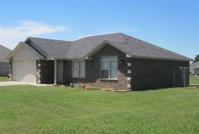 1115 Chickasaw, Spiro, OK 74959 (MLS #2021098) :: Hopper Group at RE/MAX Results
