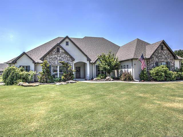 5190 E Hickory Bluff Drive, Claremore, OK 74019 (MLS #2021503) :: Hometown Home & Ranch