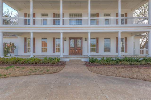 3522 Crestview Lane, Catoosa, OK 74015 (MLS #2022003) :: Active Real Estate