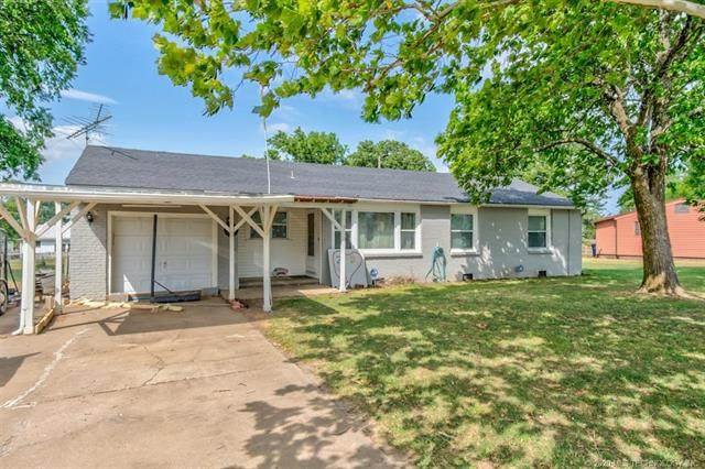 1004 W Davis Drive, Nowata, OK 74048 (MLS #2022460) :: Active Real Estate