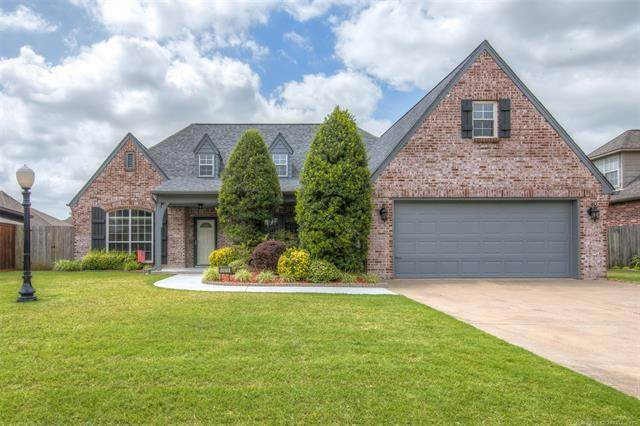10010 E 94th Street North, Owasso, OK 74055 (MLS #2022483) :: Hopper Group at RE/MAX Results