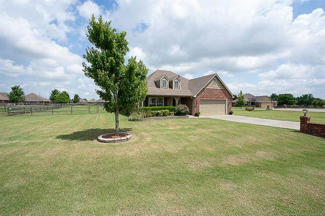 5923 E 136th Place, Collinsville, OK 74021 (MLS #2022575) :: Hopper Group at RE/MAX Results