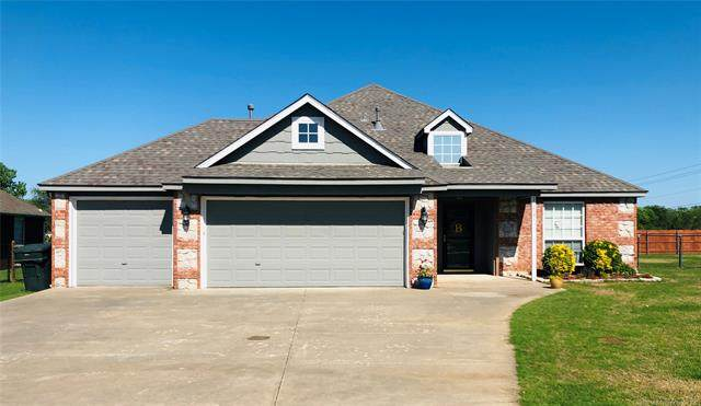 11701 N 118th East Avenue, Collinsville, OK 74021 (MLS #2022639) :: Hopper Group at RE/MAX Results