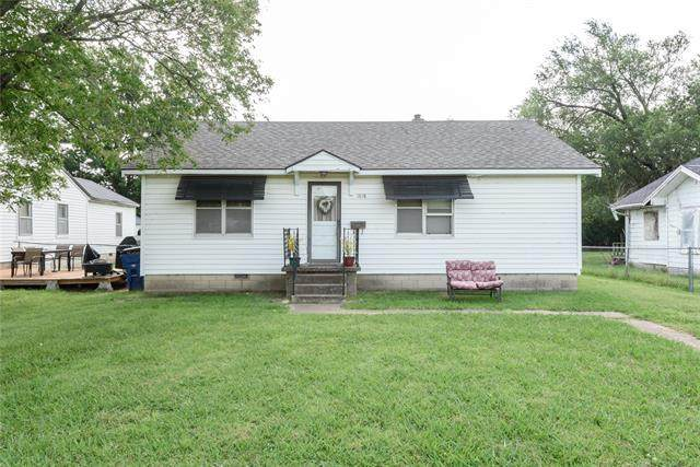 1018 S Price Avenue, Hominy, OK 74035 (MLS #2022716) :: Active Real Estate