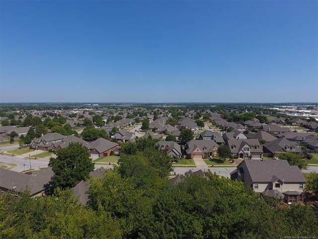1813 N 1st Street, Broken Arrow, OK 74012 (MLS #2022747) :: Active Real Estate