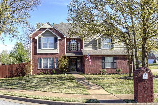 707 W 36th Street, Sand Springs, OK 74063 (MLS #2022887) :: Hopper Group at RE/MAX Results