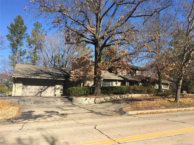 2221 Forest Boulevard, Tulsa, OK 74114 (MLS #2022989) :: 918HomeTeam - KW Realty Preferred