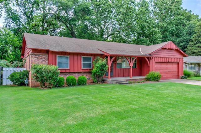 417 Yale Drive, Bartlesville, OK 74006 (MLS #2023179) :: Hopper Group at RE/MAX Results