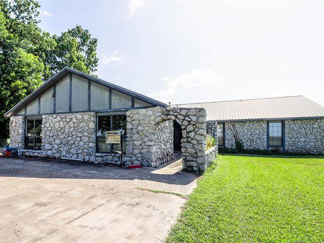 2849 S 337th East Avenue, Broken Arrow, OK 74014 (MLS #2023255) :: 580 Realty