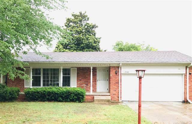 1536 E 60th Street, Tulsa, OK 74105 (MLS #2023347) :: 918HomeTeam - KW Realty Preferred