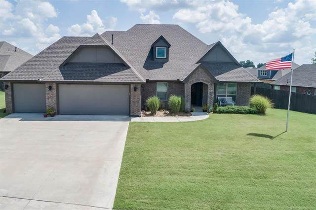 14105 E 91st Street N, Owasso, OK 74055 (MLS #2023532) :: 918HomeTeam - KW Realty Preferred