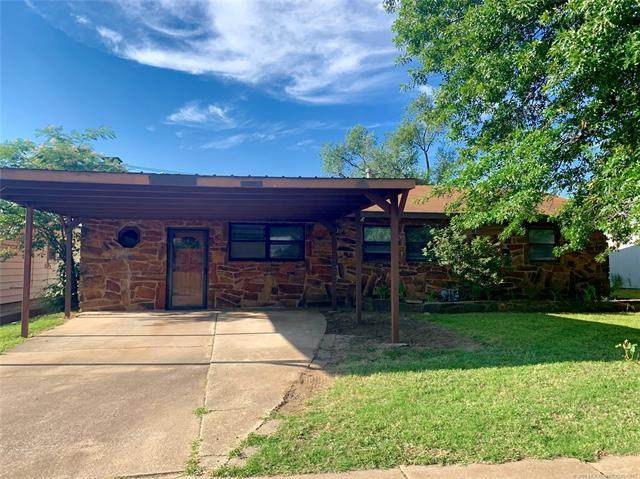 311 Larchmont Drive, Bartlesville, OK 74003 (MLS #2023548) :: Hopper Group at RE/MAX Results