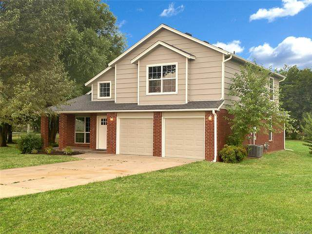 7518 N 150th East Avenue, Owasso, OK 74055 (MLS #2023570) :: Hopper Group at RE/MAX Results