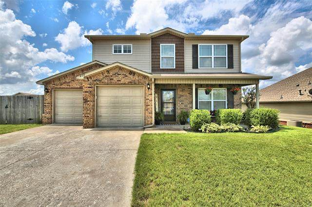 410 E 148th Circle, Glenpool, OK 74033 (MLS #2023749) :: 918HomeTeam - KW Realty Preferred