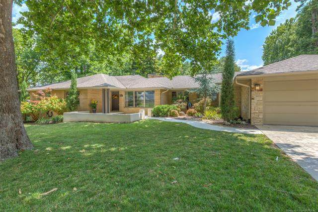 2722 E 42nd Street, Tulsa, OK 74105 (MLS #2023993) :: 918HomeTeam - KW Realty Preferred