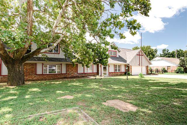 21904 W 13th Place S, Sand Springs, OK 74063 (MLS #2025247) :: 918HomeTeam - KW Realty Preferred