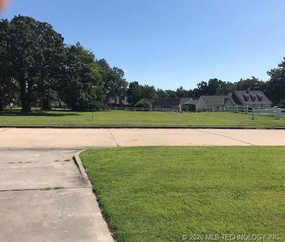3905 Club View Drive, Muskogee, OK 74403 (MLS #2025550) :: Hopper Group at RE/MAX Results