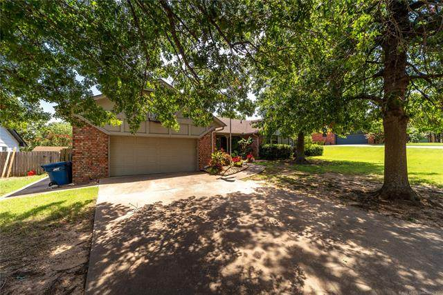 504 Dove Drive, Mcalester, OK 74501 (MLS #2025753) :: Active Real Estate