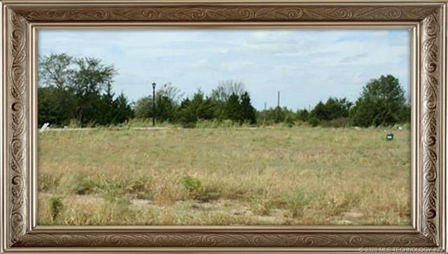 2904 SE Pheasant Court, Bartlesville, OK 74006 (MLS #2026010) :: 580 Realty
