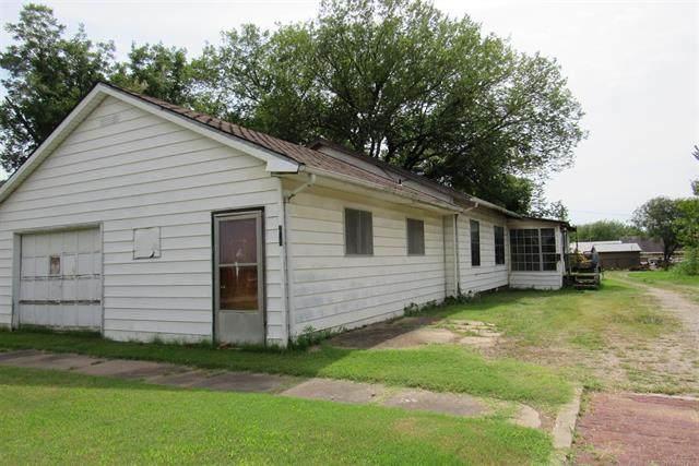 217 S Regan Avenue, Hominy, OK 74035 (MLS #2026310) :: Hometown Home & Ranch