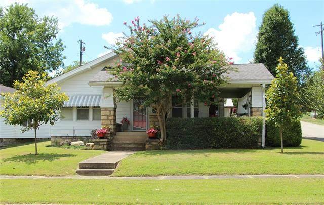 300 W 2nd Street, Heavener, OK 74937 (MLS #2026666) :: 918HomeTeam - KW Realty Preferred