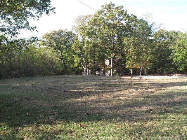 24 S Cedar Circle West, Cookson, OK 74427 (MLS #2027057) :: Active Real Estate