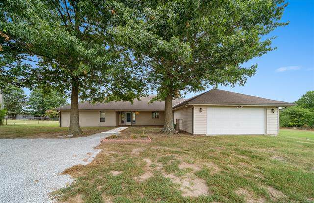 64200 E 260 Road, Grove, OK 74344 (MLS #2027346) :: Hopper Group at RE/MAX Results