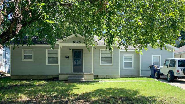 1025 E 7th Place, Ada, OK 74820 (MLS #2027436) :: Active Real Estate